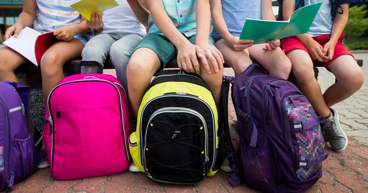 Back to school – How to choose the right school bag for your child