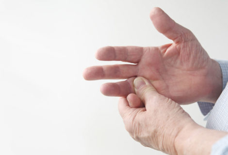 What causes numbness and tingling in my fingers and hands?