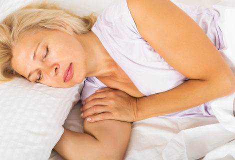 How important is the right pillow in avoiding neck pain and headaches?